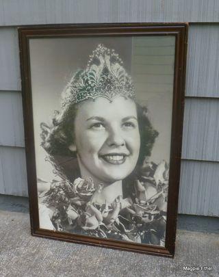 Rose festival queen